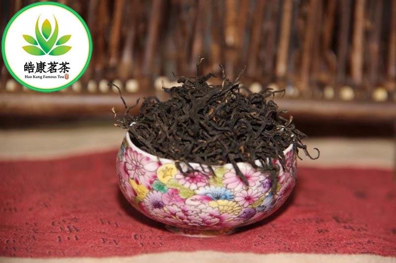 """Черный чай ЦиМэнь высший сорт """"Hao Kang Famous Tea"""" Олега Хайнань. Темный длинный лист."""